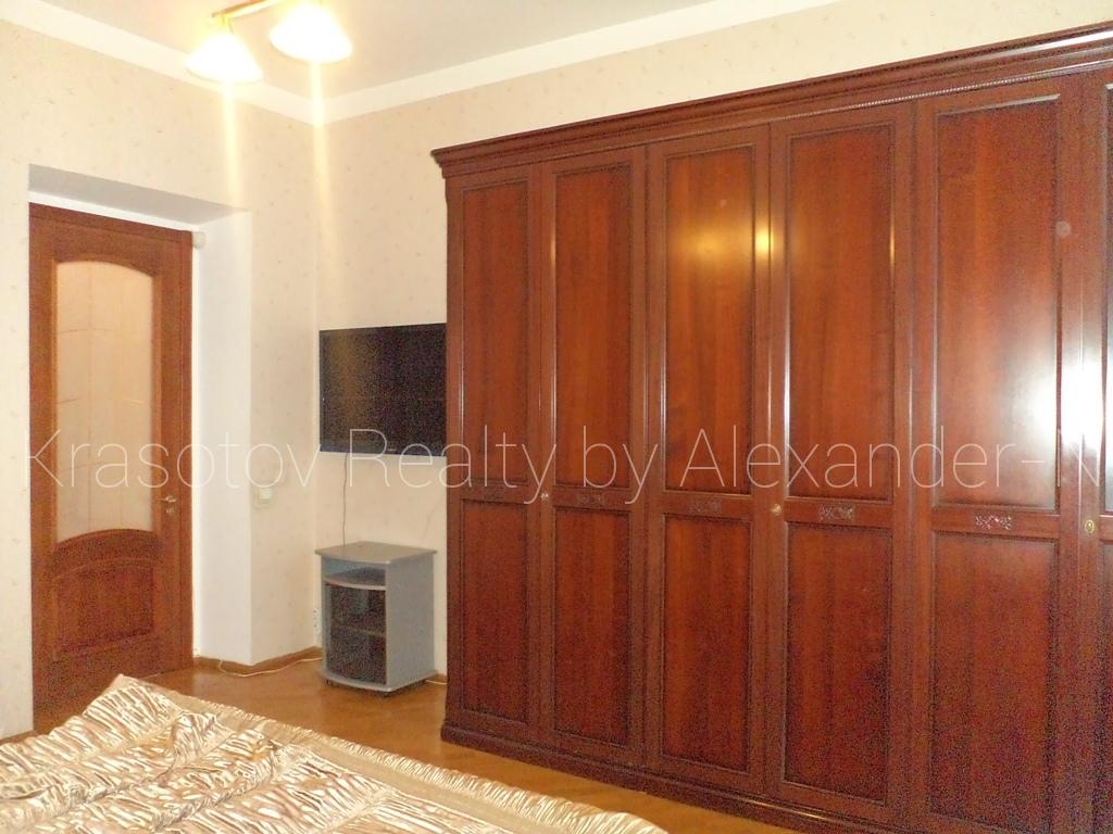 продажа трехкомнатной квартиры номер A-164473 в Приморском районе, фото номер 15